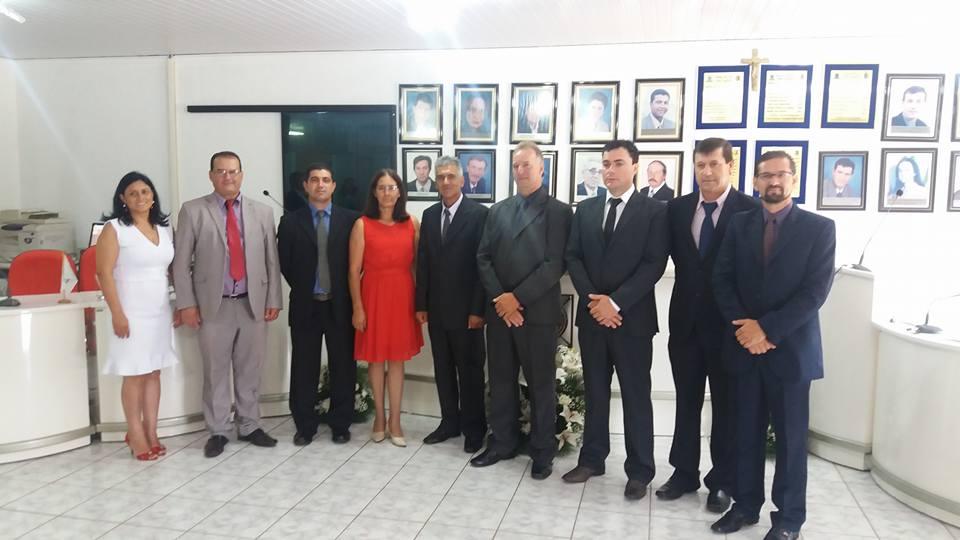 Câmara realiza sessão de posse de prefeito, vice e vereadores